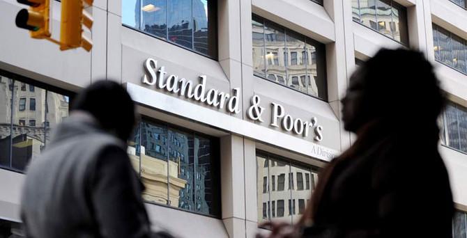 S&P, Japonya'nın notunu indirdi