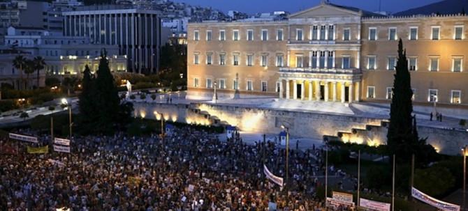 Binler Çipras için yürüdü