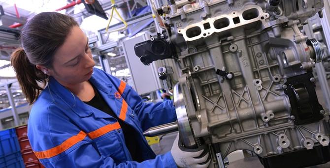 PSA'nın Turbo PureTech motoruna ödül