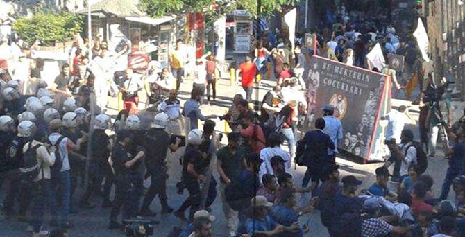Tünel'de yürüyüşe polis müdahalesi