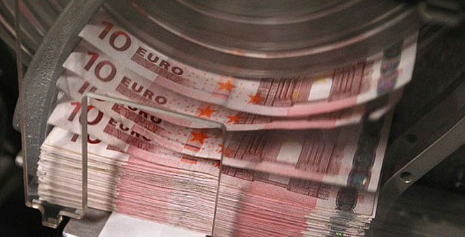Euro Bölgesi'nde iki veri açıklandı