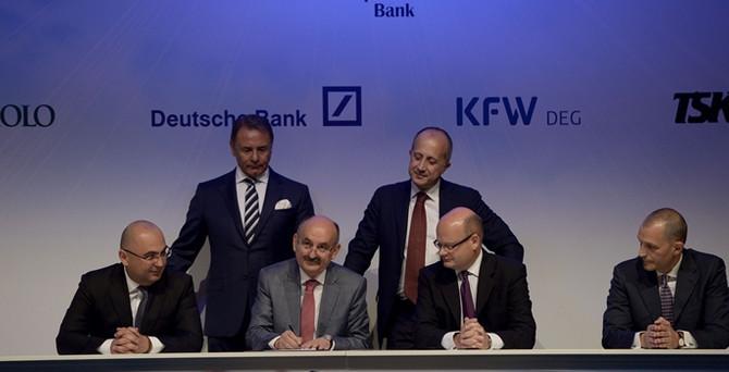 Etlik'e 12 banka 18 yıl vadeli 876 milyon euro kredi sağladı