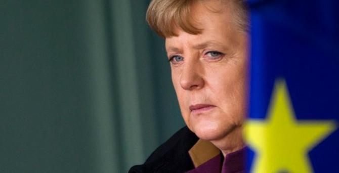 Almanya'dan 'uçuşa yasak bölge'ye ret
