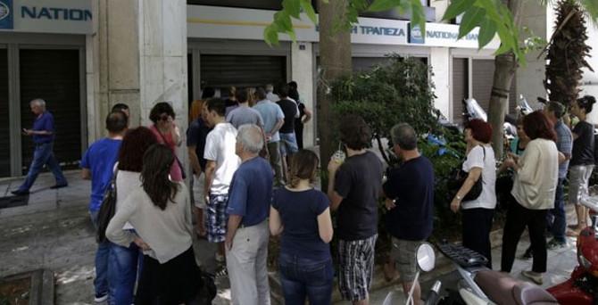 Komşuda emeklilere sadece 120 euro