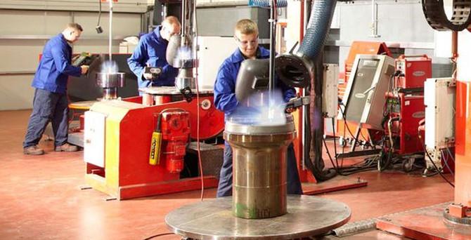 Avrupa'da sanayi üretimi beklentileri aştı