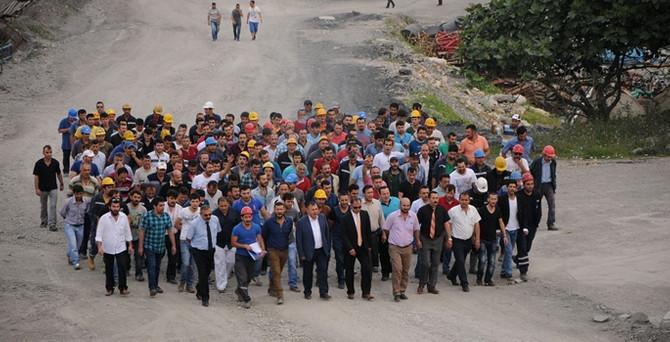 Bartın'da madenciler iş bıraktı