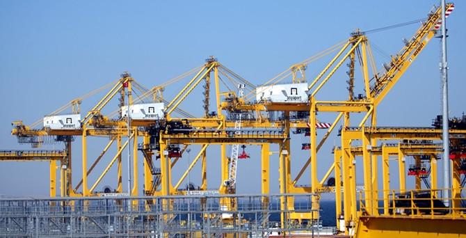 Asyaport Limanı, ilk gemisini ağırladı