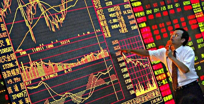 Çin borsasındaki tepetaklak düşüş dünya ekonomisine tehdit mi?