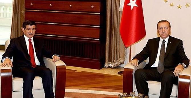Erdoğan, Davutoğluna hükümeti kurma görevini verdi