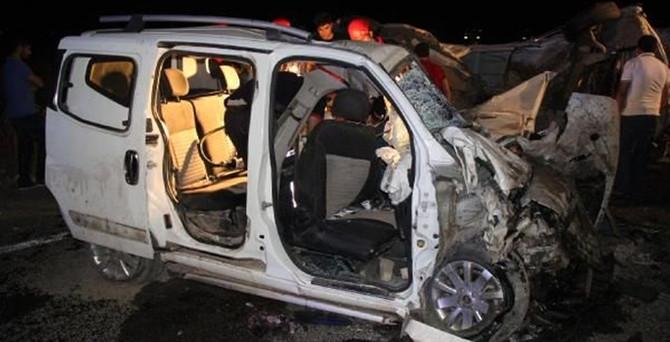 Şanlıurfa'da trafik kazası: 4 ölü