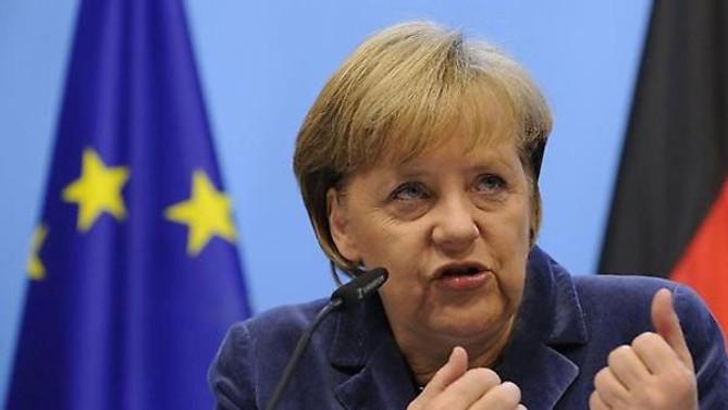 Merkel: Türkiye'yi taktir ediyoruz