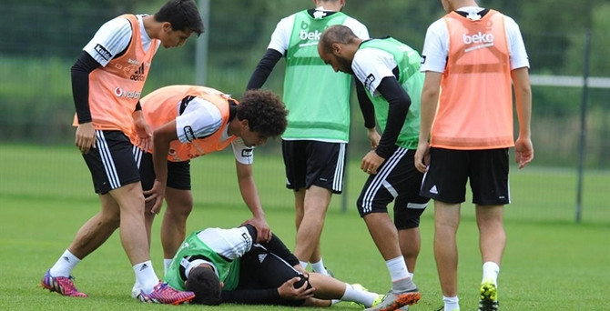Beşiktaş'a Tolgay Arslan'dan üzücü haber