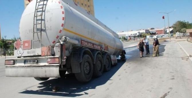 10 ton mazot yola aktı