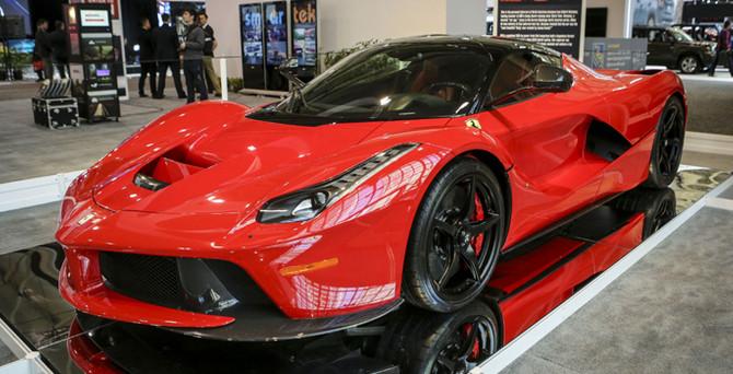 Ferrari 814 aracı geri çağırdı