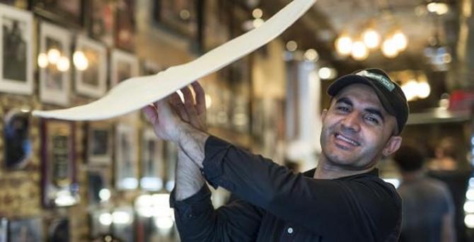 Evsiz Türk ABD'de pizza imparatoru oldu