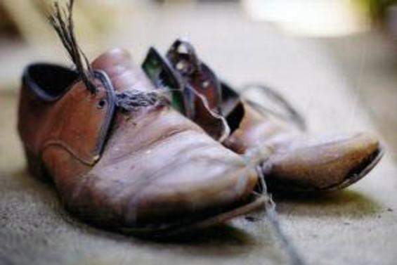 Çalışanlarda yoksulluk sınırı bin 323 YTL'ye yükseldi