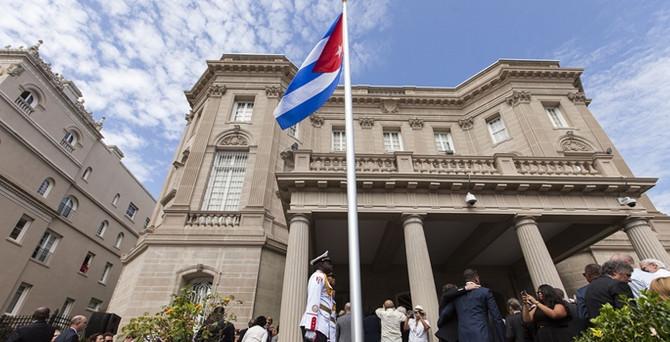 Küba mahkumları serbest bırakıyor