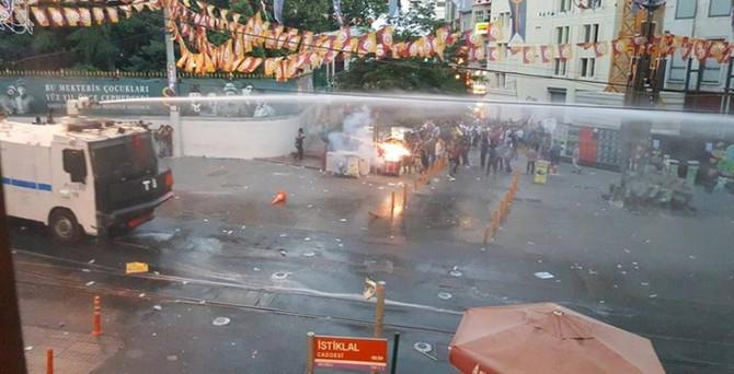 İstanbul'da Suruç protestosuna müdahale