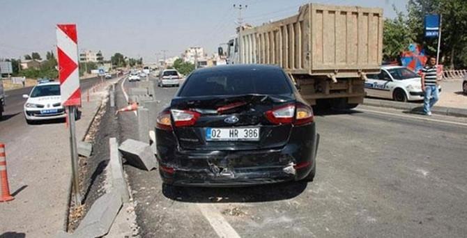 Davutoğlu'nun konvoyunda kaza: 2 yaralı