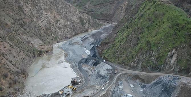 Siirt'te baraj inşaatında patlama!