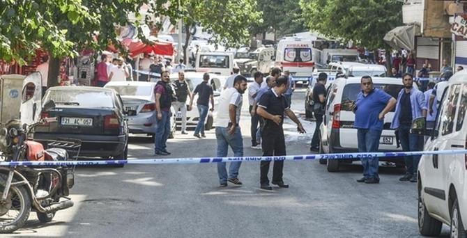 Diyarbakır'daki pusuya 17 gözaltı