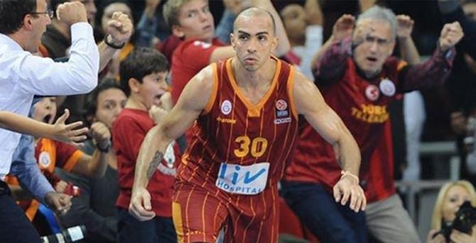 Galatasaray'ın eski yıldızı Barcelona'da