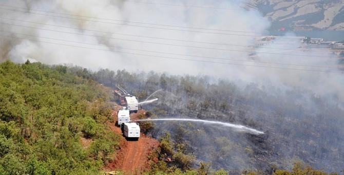 Komanda Tugayı yakınlarında yangın