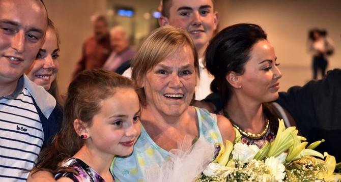 E-vize sahibi 10 milyonuncu yolcuya kutlama