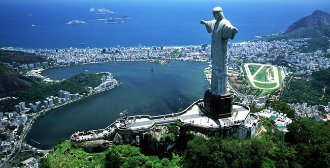 S&P, Brezilya'nın kredi notunu düşürdü