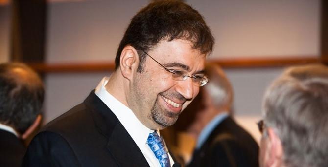 Türk ekonomist bir numara oldu