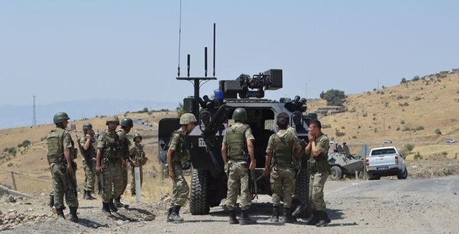 PKK, 4 ile saldırdı: 4 şehit 4 yaralı