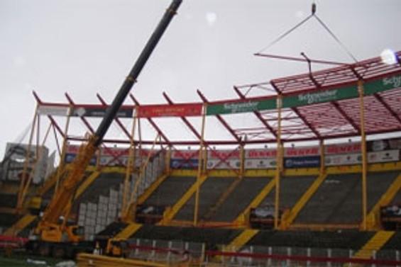 Ali Sami Yen Stadı yıkılıyor