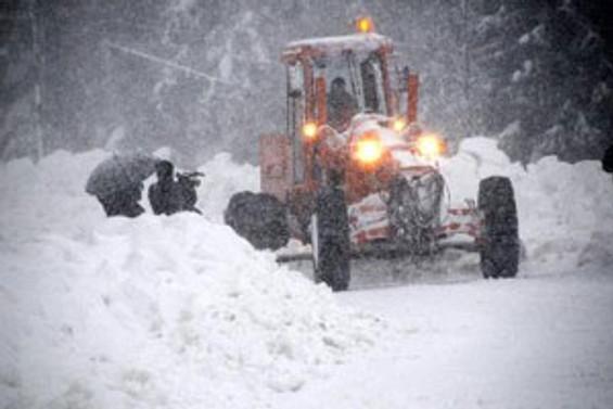 Ovit Dağı çığ riski nedeniyle ulaşıma kapatıldı