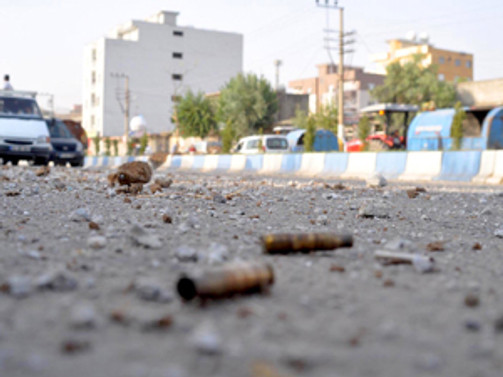 Beytüşşebap'ta çatışma: 2 asker yaralı