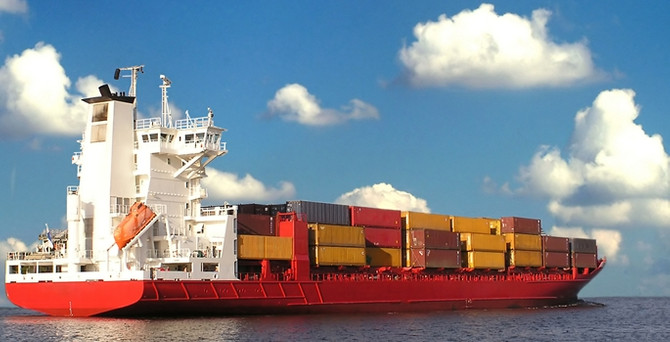 Dış ticaret açığı ağustosta yüzde 40 geriledi