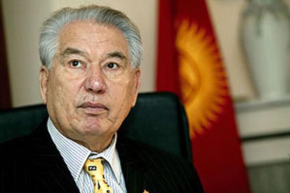 Cengiz Aytmatov Ankara'da ölümsüzleştirildi