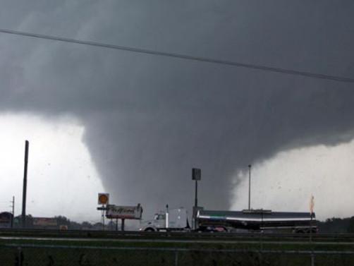 ABD'de şiddetli fırtına ve hortum