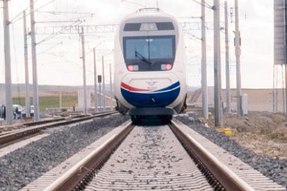 Altı 'hızlı tren' hattına 17 milyar TL'lik yatırım