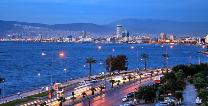 İzmir, 3 metropol arasında en 'ekonomik' şehir