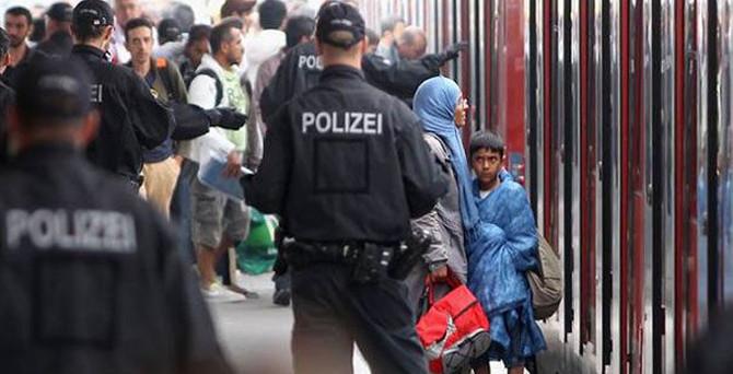 3 bin sığınmacı Almanya'ya giriş yaptı