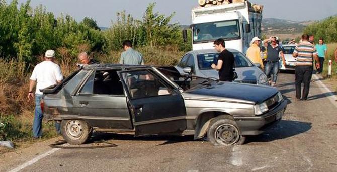 Feci kaza: 5 ölü 1 yaralı