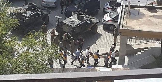 Şemdinli'de çatışma: 2 asker yaralı
