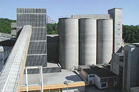 İzmir'den Brezilya'ya çimento