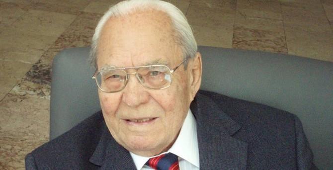 Ünlü tarihçi İnalcık, 100. yaşını kutladı