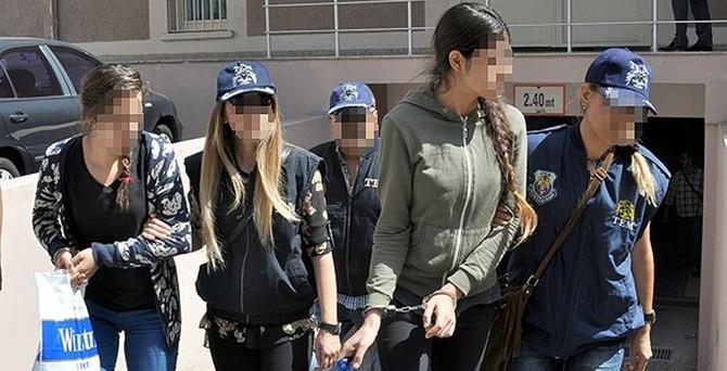 İzmir'deki terör operasyonu: 3 tutuklama