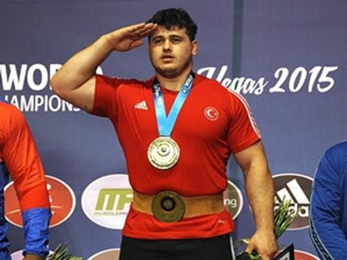 Şampiyonlardan asker selamı
