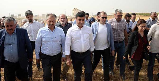 HDP heyeti İdil'e döndü
