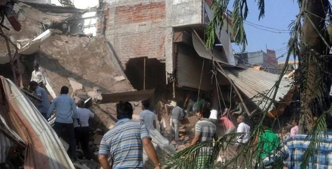 Hindistan'da patlama: 90 ölü