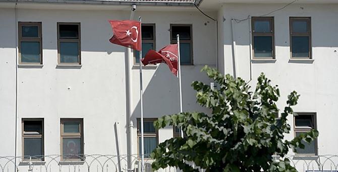 Jandarma karakollarına saldırı: 2 asker yaralı