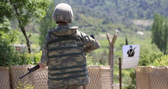 Sınırı ihlal eden askerler yakalandı